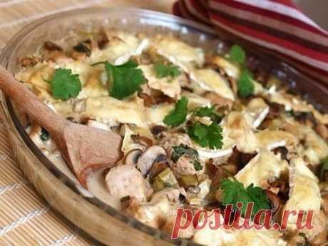 Куриная грудка с грибами, запеченные в йогурте — Мегаздоров