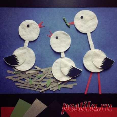 ПОДЕЛКИ НА ТЕМУ ВЕСНА. Семейка аистов из ватных дисков.