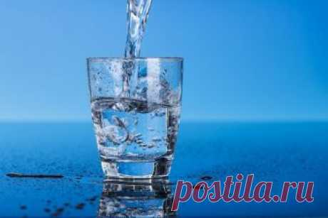 TREATMENT BY WATER. DRINK WATER ON THE HUNGRY STOMACH – YOU WILL FEEL THE DIFFERENCE IN A WEEK.