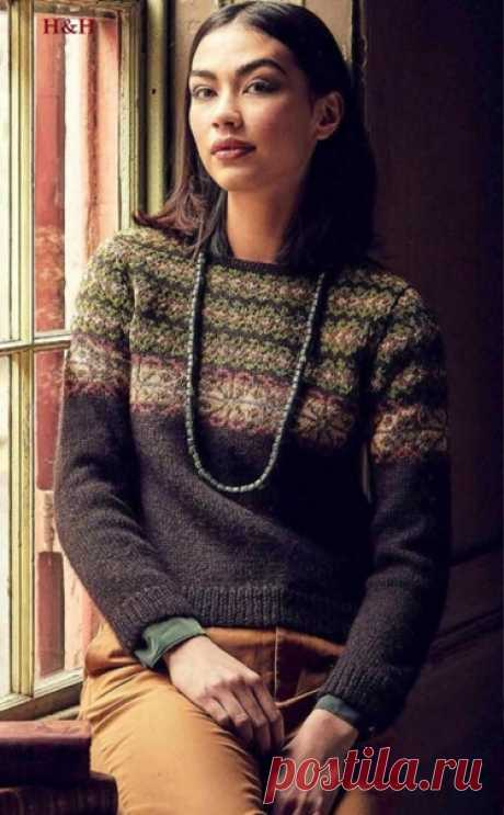 Пуловер Anglesey с жаккардовым узором от Marie Wallin  Размер: S (M, L, XL, XXL). Для окружности груди 81-86 (91-97, 102-107, 112-117, 122-127) см.