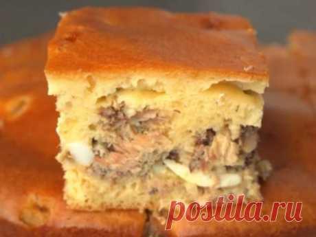 Чудесный заливной пирог «Счастливая рыбка» с сардиной. Даст фору любому блюду! Рецепт смело можно отнести к категории блюд на скорую руку. Плюсы рецепта: все ингредиенты найдутся в холодильнике у любой хозяйки, к тому же пирог очень вкусный и сытный....