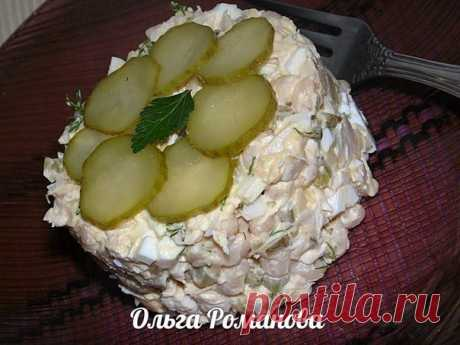 Белковая бомба — Салат с белой фасолью и куриной грудкой