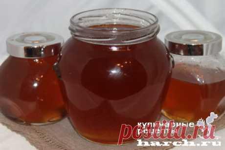 Боров мед (сосновый сироп).