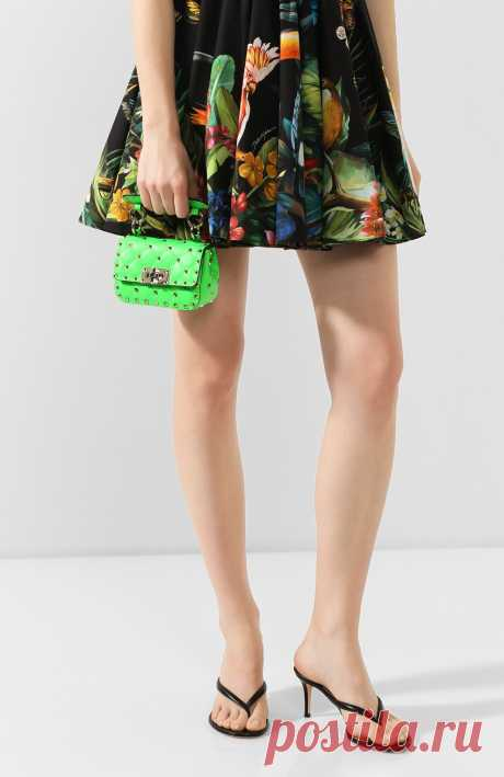 Женская зеленая сумка valentino garavani rockstud spike micro VALENTINO — купить за 75900 руб. в интернет-магазине ЦУМ, арт. TW0B0G36/QIB