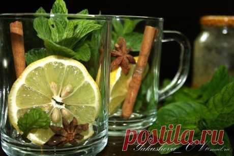 Марокканский чай   • источник Домашняя Кулинария •             Марокканский чай Такой чай очень эффектный и полезный! К сожалению, пить его приходится в основном в теплое время года, когда мята растет в собственном дв…