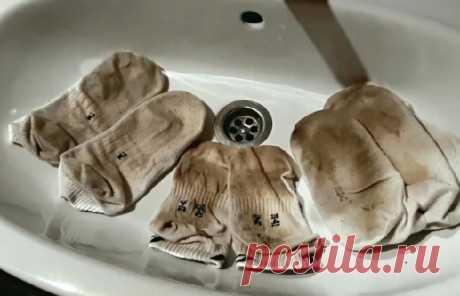 Показываю два новых действенных способа, как отстирать белые носочки до идеально чистоты. Станут ярко белоснежными