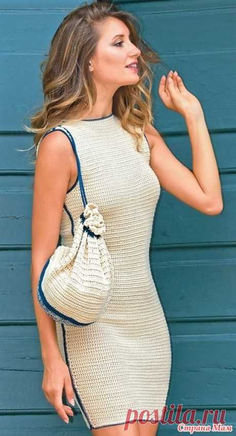 . Платье-футляр с контрастной отделкой Просто и со вкусом: изящное платье с отделкой темно-синими шнурами в лучших традициях Коко Шанель. РАЗМЕРЫ  38 (40) 42 (44)  ВАМ ПОТРЕБУЕТСЯ