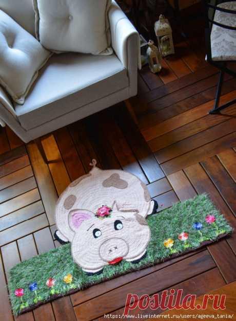 «Свинка» — забавный коврик в разных техниках — HandMade
