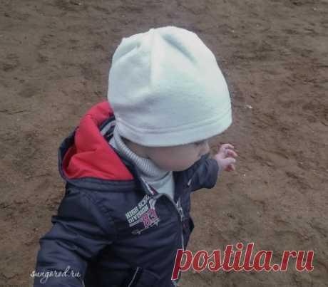 Универсальная шапочка для ребенка из флиса