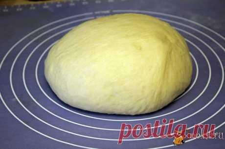 Тесто для булочек и сладких пирожков Отличное сдобное тесто для булочек и сладких печеных пирожков, приготовленное в хлебопечке. Один из моих любимых рецептов сдобного дрожжевого теста!