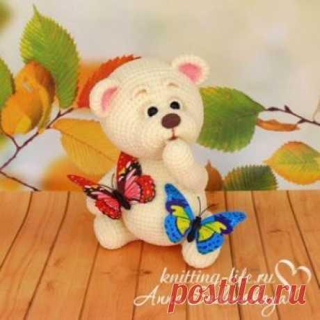 Медвежонок амигуруми. Схемы и описания для вязания игрушек крючком! Бесплатный мастер-класс по вязанию Медвежонка крючком от Анны Садовской. Высота вязаного мишки примерно 20 см. Детали крепятся шплинтовым креплением…