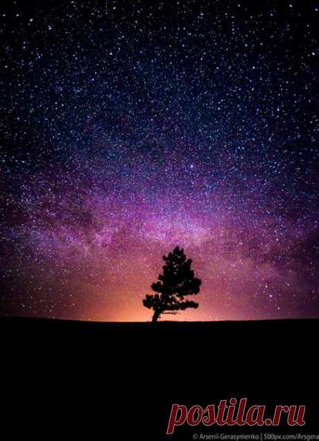 La noche estrellada en Ay-petri. El autor de la foto — el Arseny Gerasimenko: nat-geo.ru\/photo\/user\/49955\/