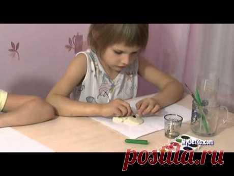 """Поделка из солёного теста """"Сова""""  - развивающие видео для детей на Umachka.net"""