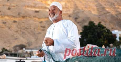 В Омане запрещена коммерческая ловля рыбы, поэтому рыболовство для местных жителей — одна из сохранившихся черт национальной идентичности