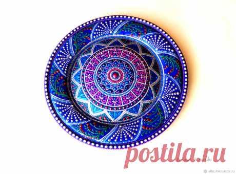 Купить Тарелка декоративная деревянная Ассорти точечная роспись в интернет магазине на Ярмарке Мастеров