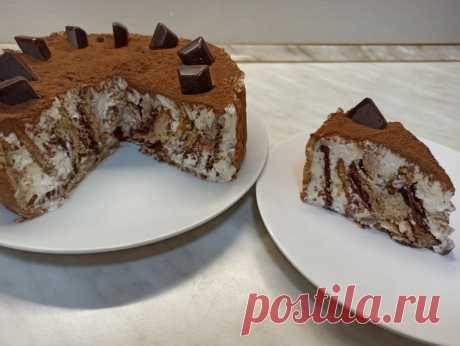 """Торт без выпечки """"Любимчик"""". Очень простой рецепт торта из печенья Всем привет! Предлагаю приготовить творожный торт без выпечки из печенья """"Любимчик"""". Готовится настолько просто, что возможно станет и вашим любимчиком на долгое время! Получается нежный, вкусный десерт и готовится легко и просто. Такой торт непременно понравится вам и вашим..."""