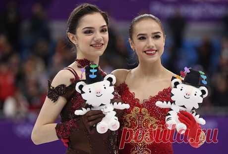 Медведева выложилась без остатка, но чемпионкой стала 15-летняя Загитова: ОИ-2018: Спорт: Lenta.ru