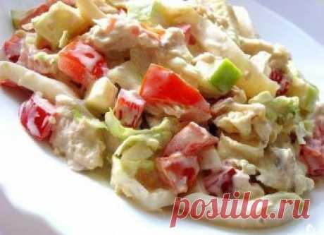 Легкий салат с пекинской капустой, курицей и кальмарами Свежий, сытный и оригинальный!