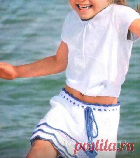Двухцветная юбка для девочки с волнами по подолу схема крючком » Люблю Вязать