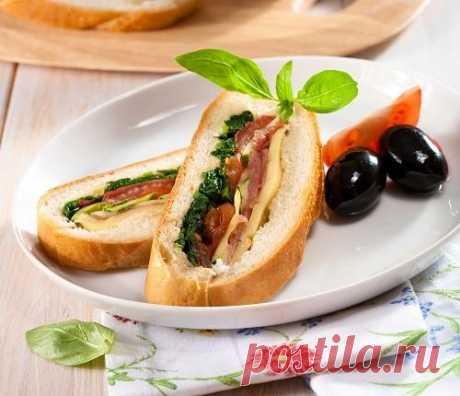 10 вкусных и полезных блюд для школьных завтраков