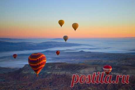 Полет над Каппадокией, Турция. Автор фото – Александра Чернова: nat-geo.ru/photo/user/120329/