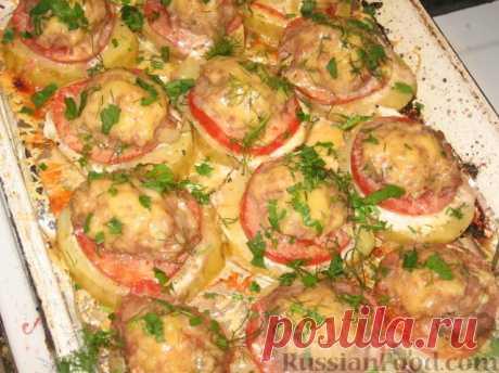 """""""Картофель, запеченный с мясом и помидорами Очень сытное блюдо, с удачным сочетанием картофеля, помидоров и мяса.  Это мясное блюдо подходит как для праздничного стола, так и для обычного ужина.  Если вы хотите покорить сердце и желудок мужчины, советую приготовить мясо по моему рецепту. Рецепт на сайте:  https://my-pomoshnik.ru/kartofel-zapechennyj-s-myasom-i-pomidorami.html  """""""