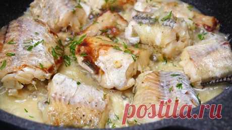 Когда Лень стоять у плиты и отмывать брызги, жарю рыбу так! Очень сочно и вкусно!