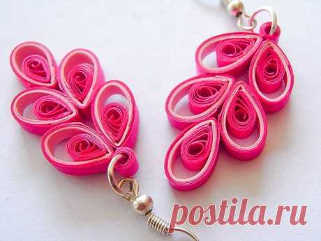 Розовые серьги - $20.00 USD