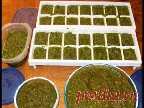 Соус из лука болгарского перца и чеснока с кинзой