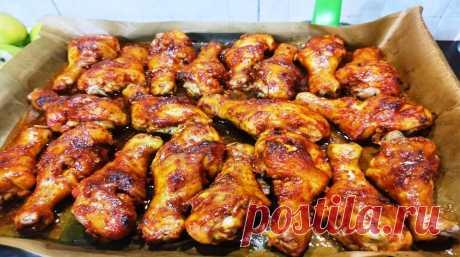 Такой маринад к мясу и курице вы ещё не пробовали! Понравится всей семье - Полезно Знать Благодаря этому маринаду, любое мясо становится очень мягким, нежным и сочным, оно быстро и хорошо пропекается, получается пикантным, с легким медовым послевкусием. Для приготовления вам потребуются такие ингредиенты: соевый соус, 3 ст.л; перец; паприка и кунжутное масло по 1 ст.л; мед, 1 ч.л; чеснок, 6 зубчиков; масло растительное, 80 мл. Процесс приготовления Берите любое мясо […]