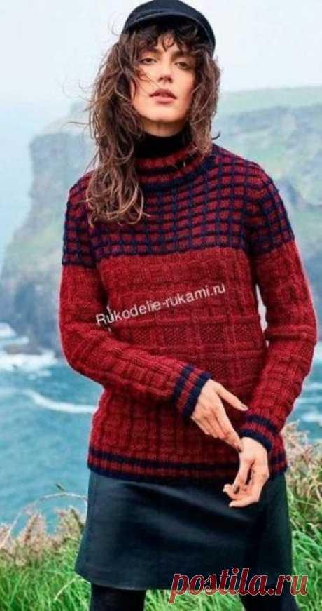 Пуловер с клетчатой кокеткой спицами