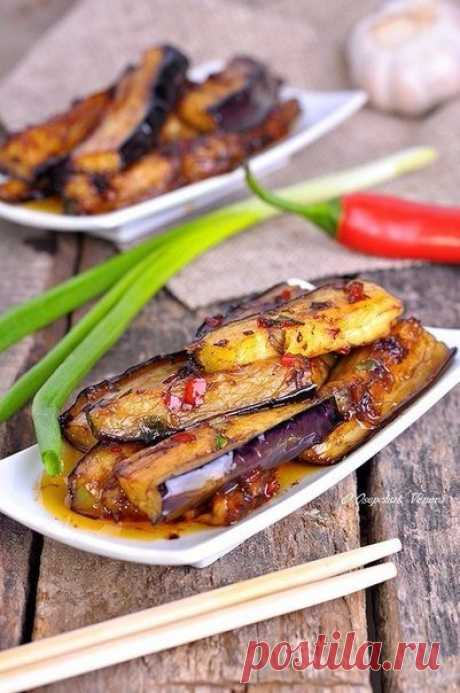 Eggplants in hot garlick sauce, in Chinese \/ Fresh recipes