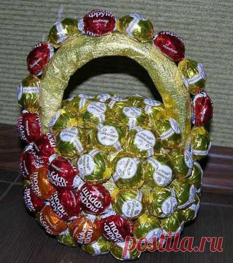 Красивые поделки из конфет: мастер-класс (Фото)