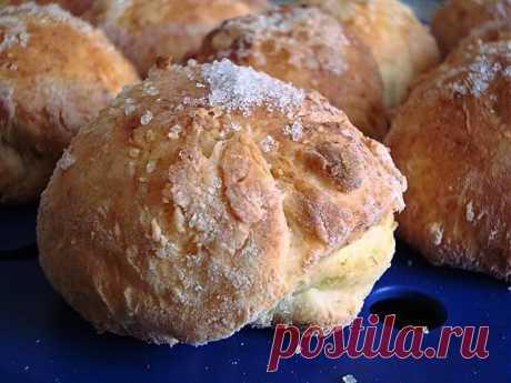 Быстрые сладкие творожные булочки на завтрак.