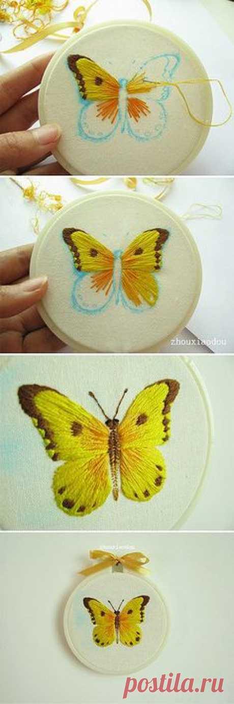butterfly satin stitch
