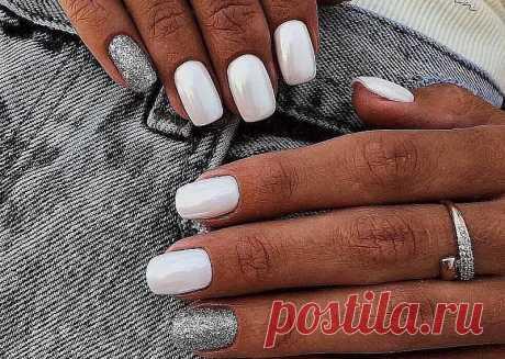 Белыйманикюр - стильные идеи дизайна ногтей Модные тенденции и стильные идеи белого маникюра на длинные и короткие ногти. Более ста фото красивого белого маникюра с дизайном.