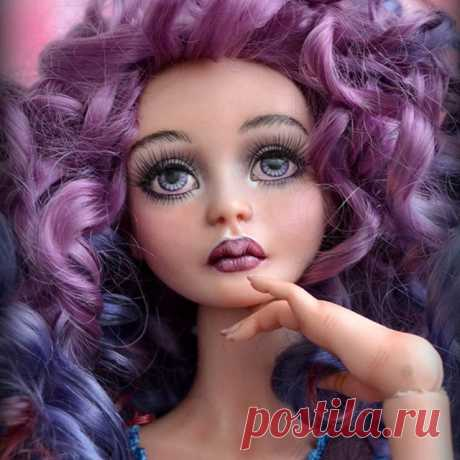 Маргарет фарфоровая девочка ☺ Также будет участвовать в выставке Весенний бал с 5 по 8 марта. Имеются каблучные стопы, обычные и реснички 😆😆😆 Доступна для продажи. #кукла #шарнирка #фарфор #фарфоровыекуклы #авторскаяработа #porcelaindoll #bjd #bjddoll #artdoll