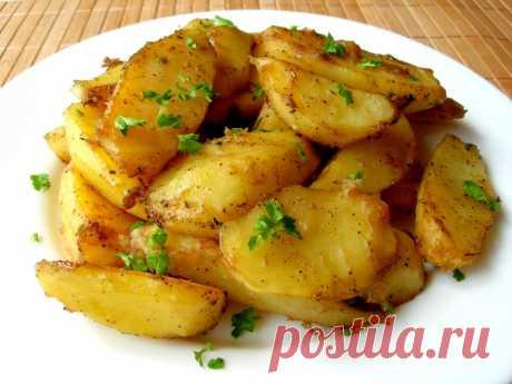 Румяная картошечка в духовке, удачный рецепт для вкусного обеда или ужина — Кулинарная книга