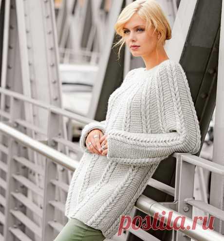 Удлиненный пуловер с круглой кокеткой с узором из кос - Портал рукоделия и моды