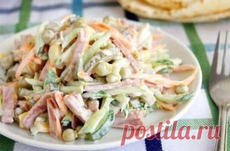 Как приготовить очень простой и вкусный салатик  - рецепт, ингридиенты и фотографии