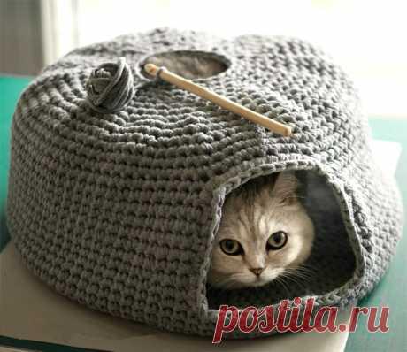 Как связать домик для кошки из пряжи