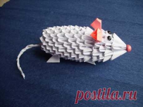 """Мастер-класс """"Мышка"""" в технике модульное оригами » Складывание фигурок техникой модульное оригами с пошаговыми фотографиями."""