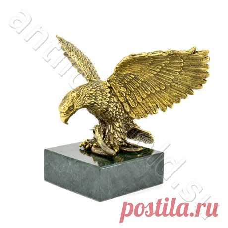 """Купить бронзовую статуэтку большого орла на змеевике в магазине ПНХП """"Золотая антилопа"""""""