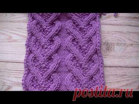 """We knit a pattern \""""braid heart\"""" spokes."""