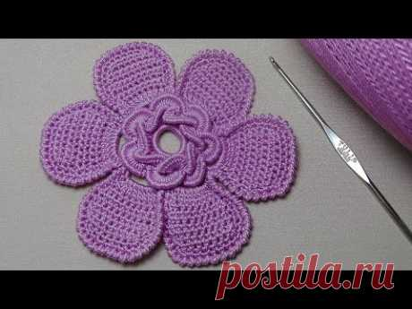 To connect the FLOWER by a hook with core from twisted columns the IRISH Crochet flower pattern LACE