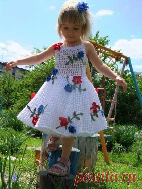 Супер красивое вязаное платье для девочки