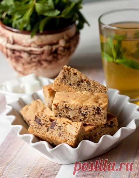 Нарезное ореховое печенье с шоколадной крошкой