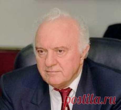 07 июля в 2014 году умер(ла) Эдуард Шеварднадзе-ГРУЗИЯ