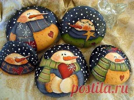 the snegovik drawn on stones \/ Unusual hand-made articles