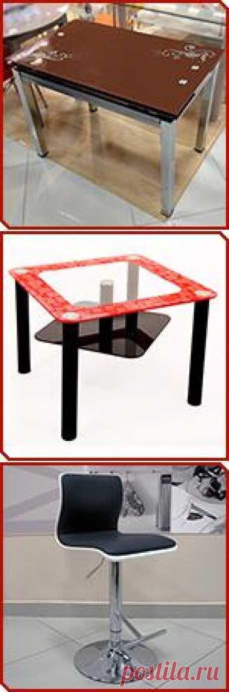 Интернет магазин МЕБЕЛЬЩИК.РУ (Москва) предлагает мебель из стекла: обеденные столы, журнальные столики, ТВ-тумбы и т.д.